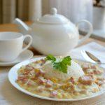 Foto gerecht Ham in maiscrème met witte rijst