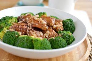 Foto gebraden sojasaus kippenvleugels © MEVRYAN.COM, Aziatische recepten
