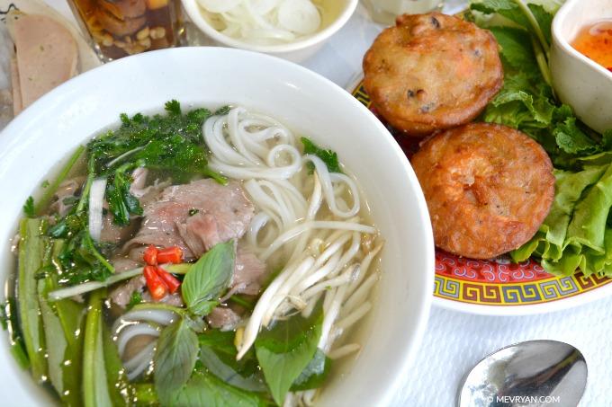 Foto gerechten van Vietnamees restaurant Pho 14 in Parijs. © MEVRYAN.COM