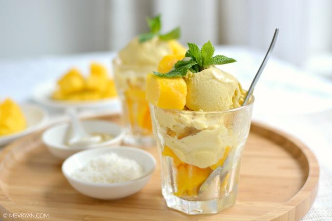 Foto mango ijs, lactosevrij. Food blog © MEVRYAN.COM.