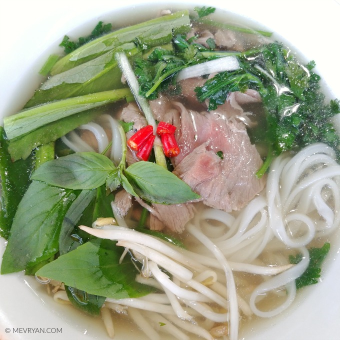 Foto Pho Tai, Vietnamese rijstnoedels soep. © MEVRYAN.COM
