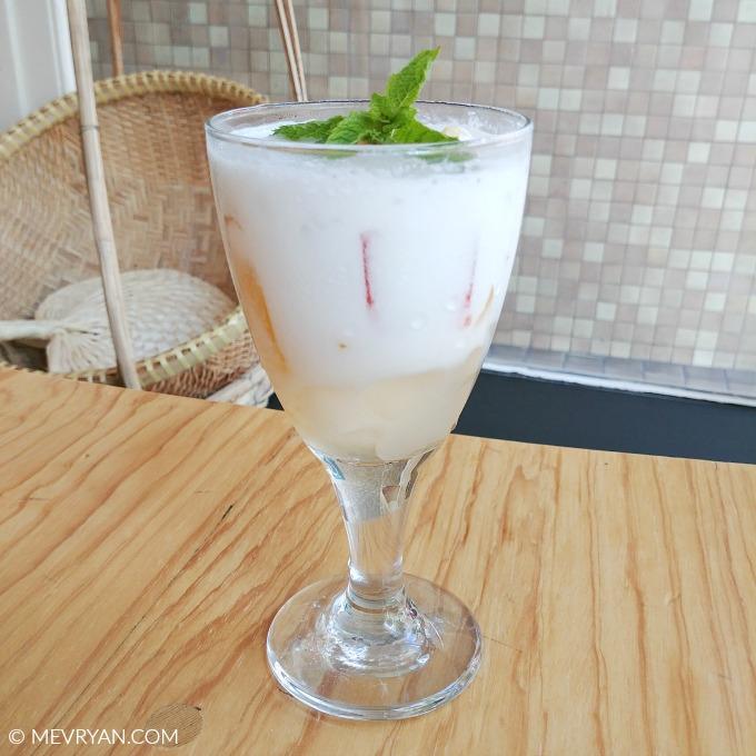 Foto Vietnamese dessert vruchten in kokosmelk