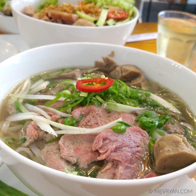 Foto Vietnamese rijstnoedels (Pho) © MEVRYAN.COM